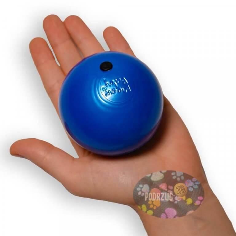 Piłka do żonglowania rusałka Meow Dot 70mm 7cm w ręce podrzuc.to